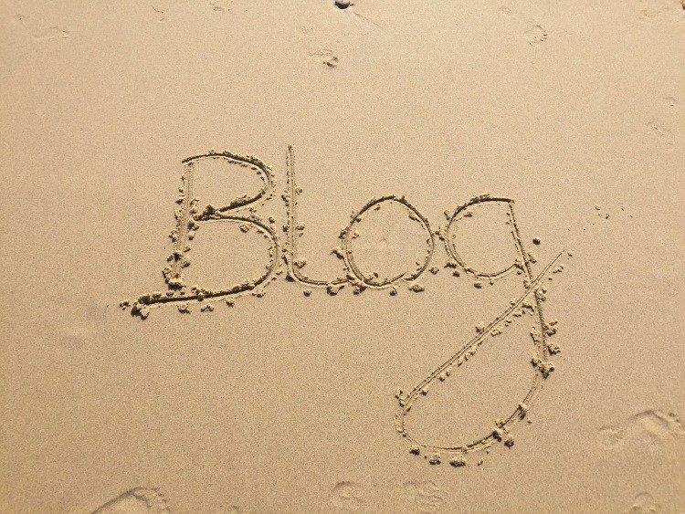 How to keep your blog traffic incoming while you're on vacation
