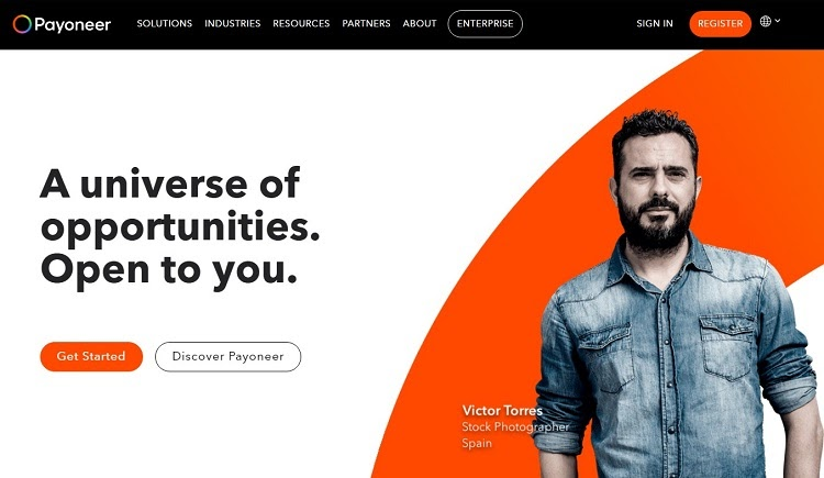 Use Payoneer to transfer money online